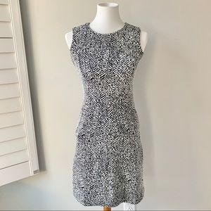 Lands' End Sleeveless Sheath Dress Size 2P